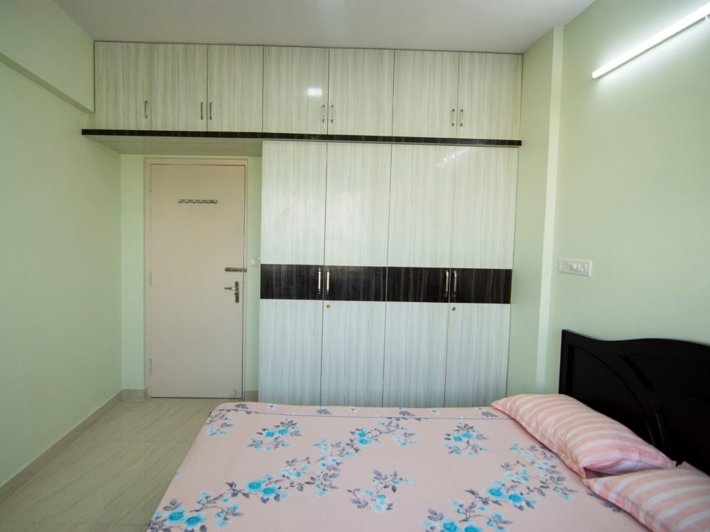 Guest Bedroom with Modular Wardrobes